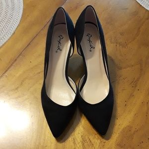 Qupid Black Pump Heels 6.5